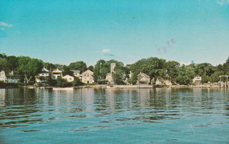 Vintage postcard view of essex from lake champlain for Lake front view