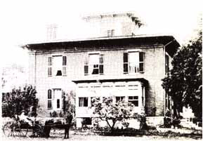 Noble Clemons House on Elm Street inn Essex, NY (Source: Historic Essex)