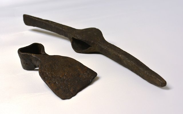 Humble tools like picks and hoes were among the most important weapons soldiers used in the 18th century. They were used to build defenses to protect troops from attack. These tools are just a sample of the thousands of rare archaeological objects Fort Ticonderoga has in its museum collection. (Credit: Fort Ticonderoga)