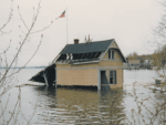 Rosslyn Boathouse Underwater in 1983