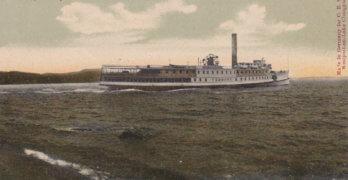 Vintage Postcard: Vermont Steamer in Westport Bay
